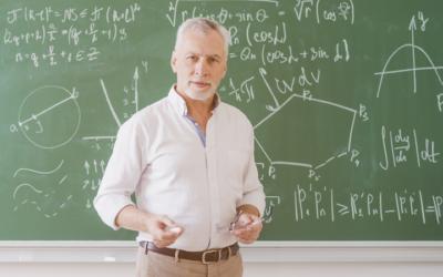Entenda as regras para aposentadoria do professor de universidade pública